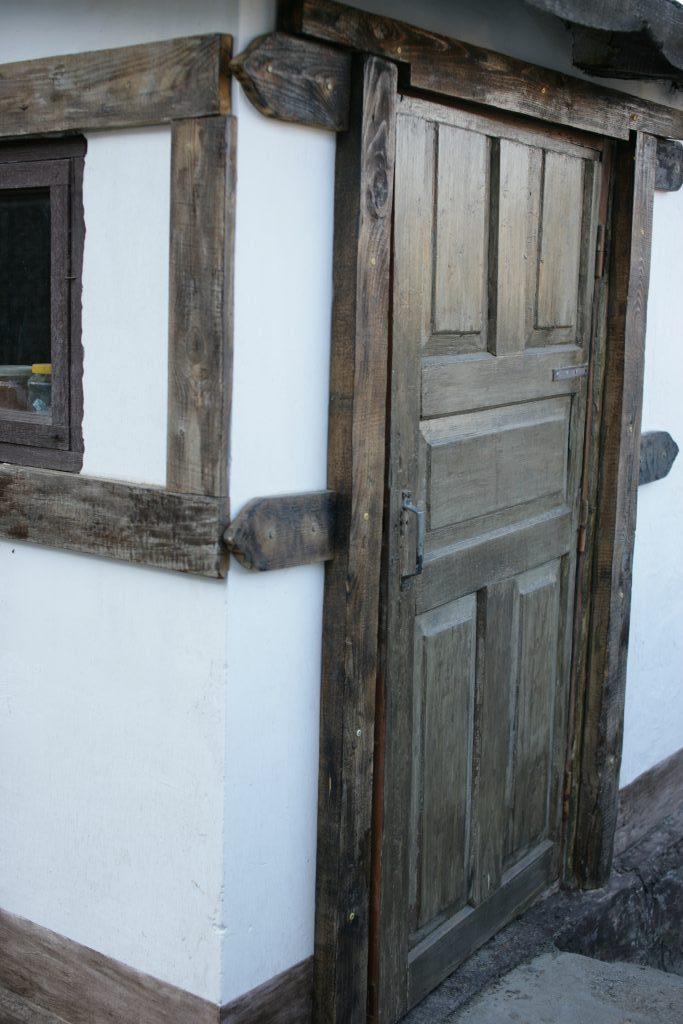 Реставрация старых дверей